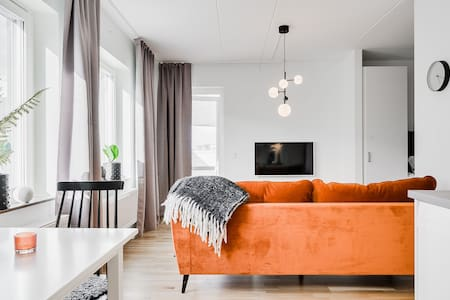 FANTASTIC RENOVATED APARTMENT IN HYLLIE