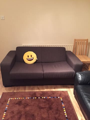 A SOFABED (KING SIZE) IN DUBLIN - Blackrock - Appartamento