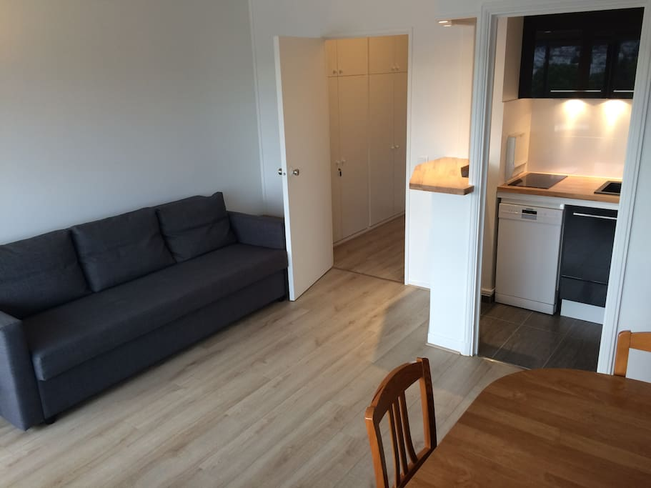 Studio r nov avec piscine apartments for rent in - Piscine carrelage gris boulogne billancourt ...