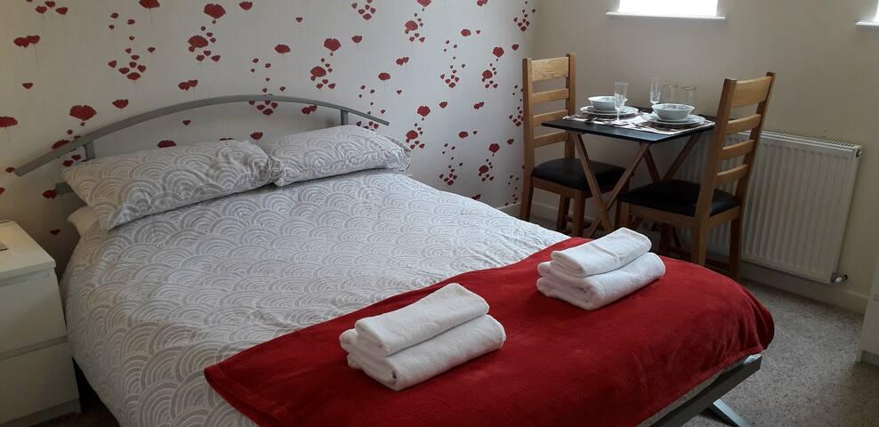 Cozy En-suite double bedroom at Lochview B&B Lairg