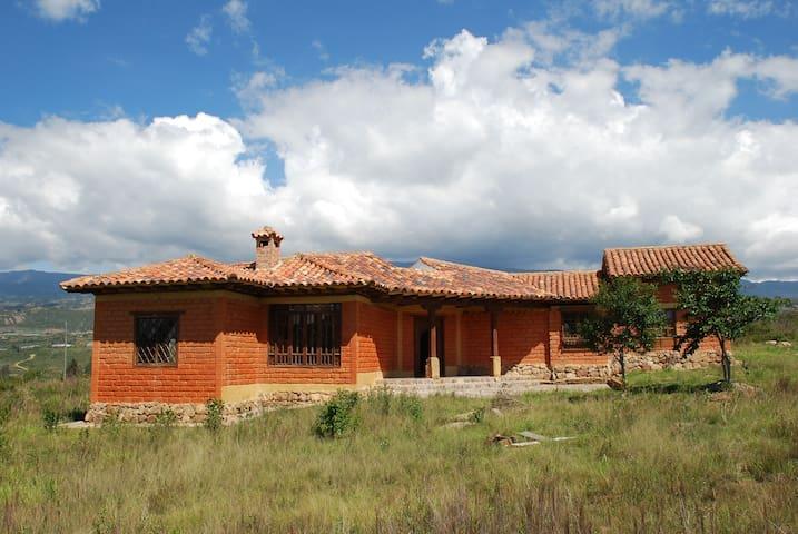 Casa alrededores de  Villa de Leyva - Villa de Leyva - Haus