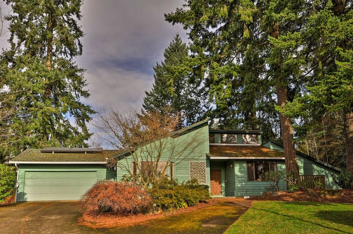 This 4-bed, 2-bath vacation rental house is the ideal retreat in Vancouver, WA!