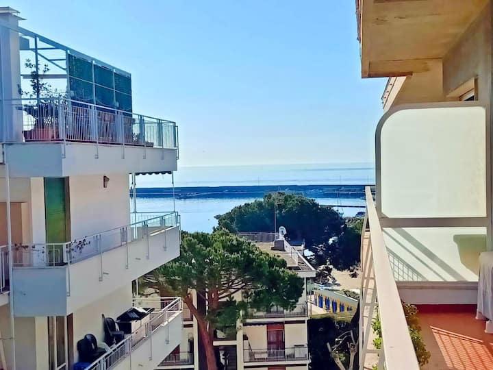 CASA DUPONT: centralissimo Sanremo a 20mt dal mare