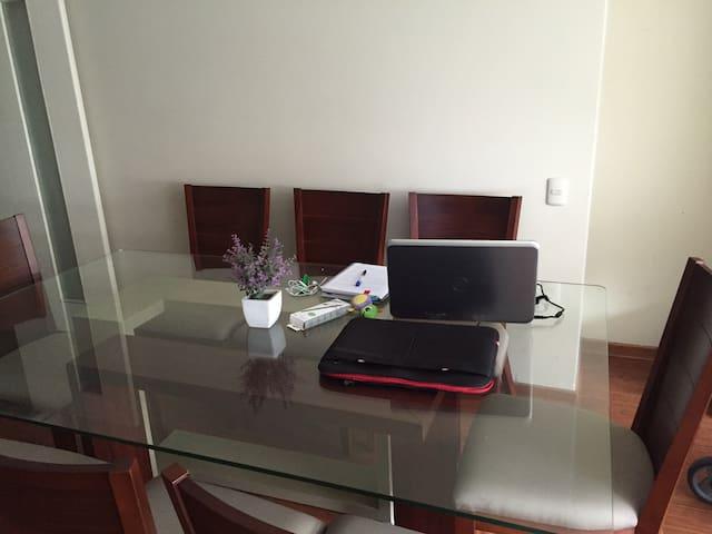 Sala o ambiente de estudio