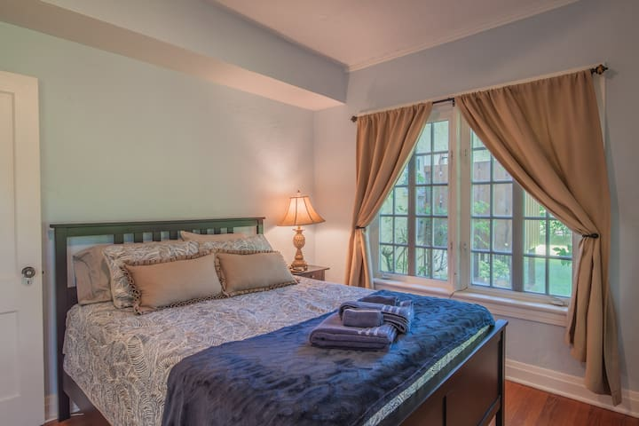 Bedroom Option 2