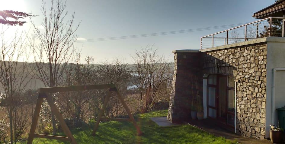 Apartment in scenic Kinsale location