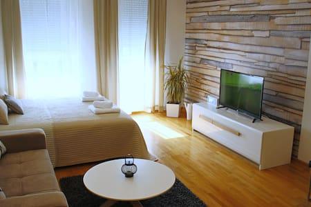 Apartman Milano - Belgrad - Wohnung