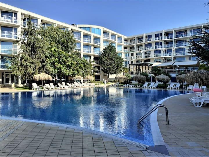 Апартаменты в Atlantis Resort 300 метров до пляжа