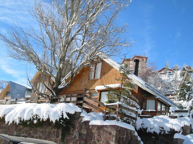 Refugio Farellones,  recien remodelado - Farellones - Casa