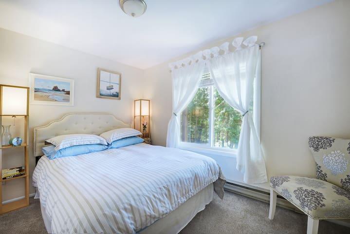 Camps Bay room Bedroom 1