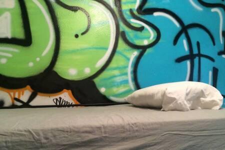 #3 Hattan Hostel bunkbed