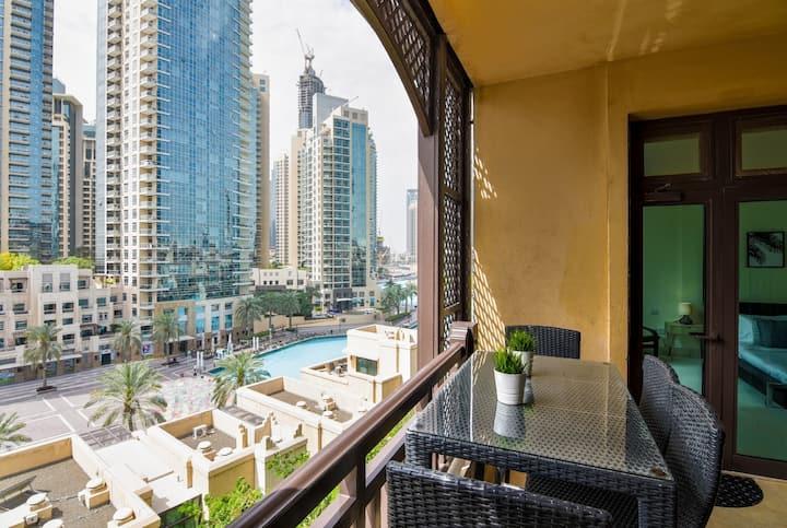 Fountain view 2BDR in Dubai Downtown
