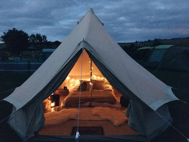 Luxurious Furnished Bell Tent for Rent in Cornwall - Falmouth - Tenda