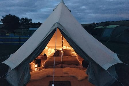 Luxurious Furnished Bell Tent for Rent in Cornwall - Falmouth - Barraca