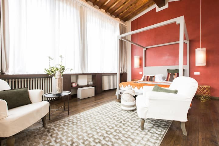 Amazing Suite with view in the Heart of Florence