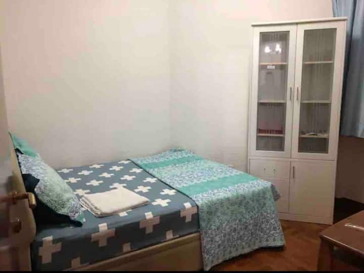 Classic Comfy Room just opposite of Mrt