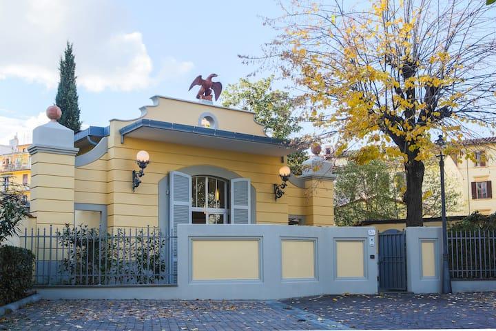 Villa Poliakoff