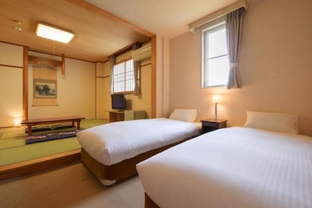 A Comfortable Hotel Stay in Matsushima (Twin Bedroom with Tatami Living Space)