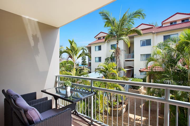 Ocean side apartment - sleeps 4
