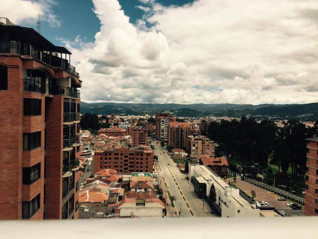 Beautiful apartment, includes lots of amenities. - Cuenca - Apartment