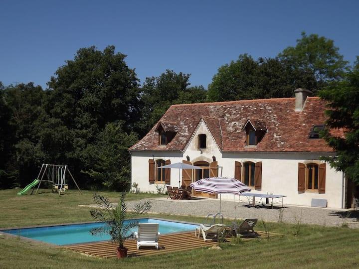 Gîte  indépendant avec piscine privative