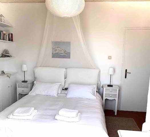Zoe Apartments (No1),Hydra Island Greece