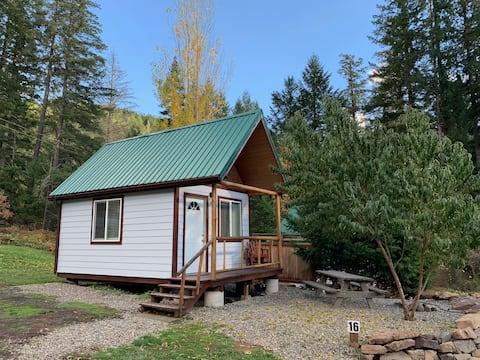 North Umpqua River King Cabin #16 nær Crater Lake