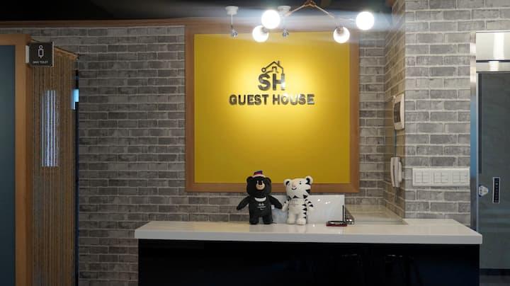 가성비 좋은 숙소 SH guesthouse-TwinRoom(4)