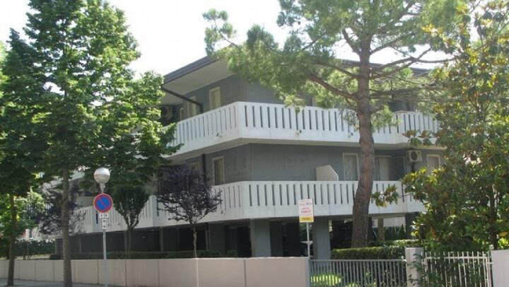 Appartamento con giardino e terrazza a Bibione