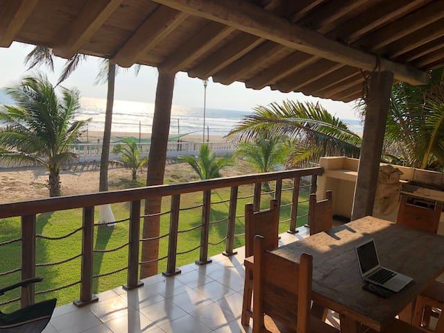 Hermoso bungalow En Villa Dorada (30km de Lázaro)