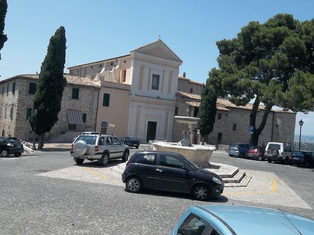 Casa Sabina - Moricone, Metro Roma. - Moricone - Apartment