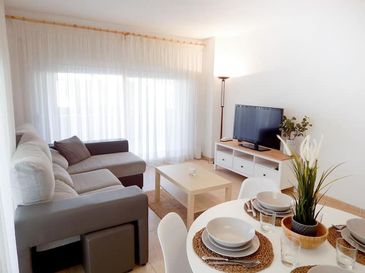 Apartment in Platja d'Aró near the sea with terrace and parking-SANTAMARIA