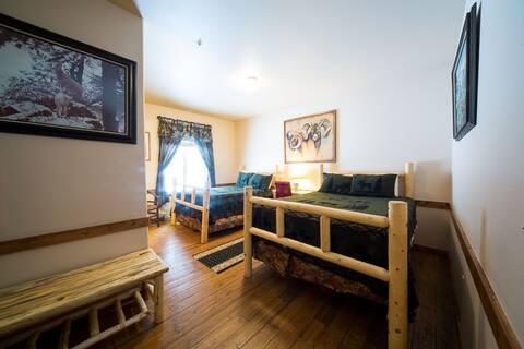 Moose Lodge Room 3