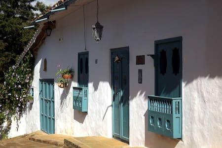 Very pretty and authentic Barichara - Barichara - Hus