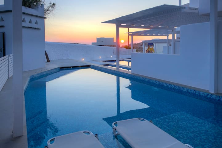 Eros Suite with Private Pool
