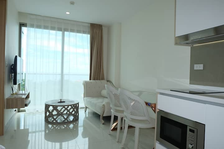 The Riviera Jomtien For Rent (Condo Pattaya)