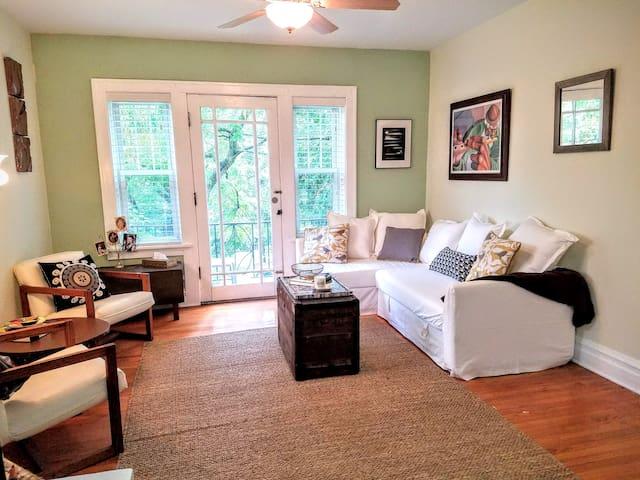 Urban Roost: Garden Suite - St. Louis - Wohnung