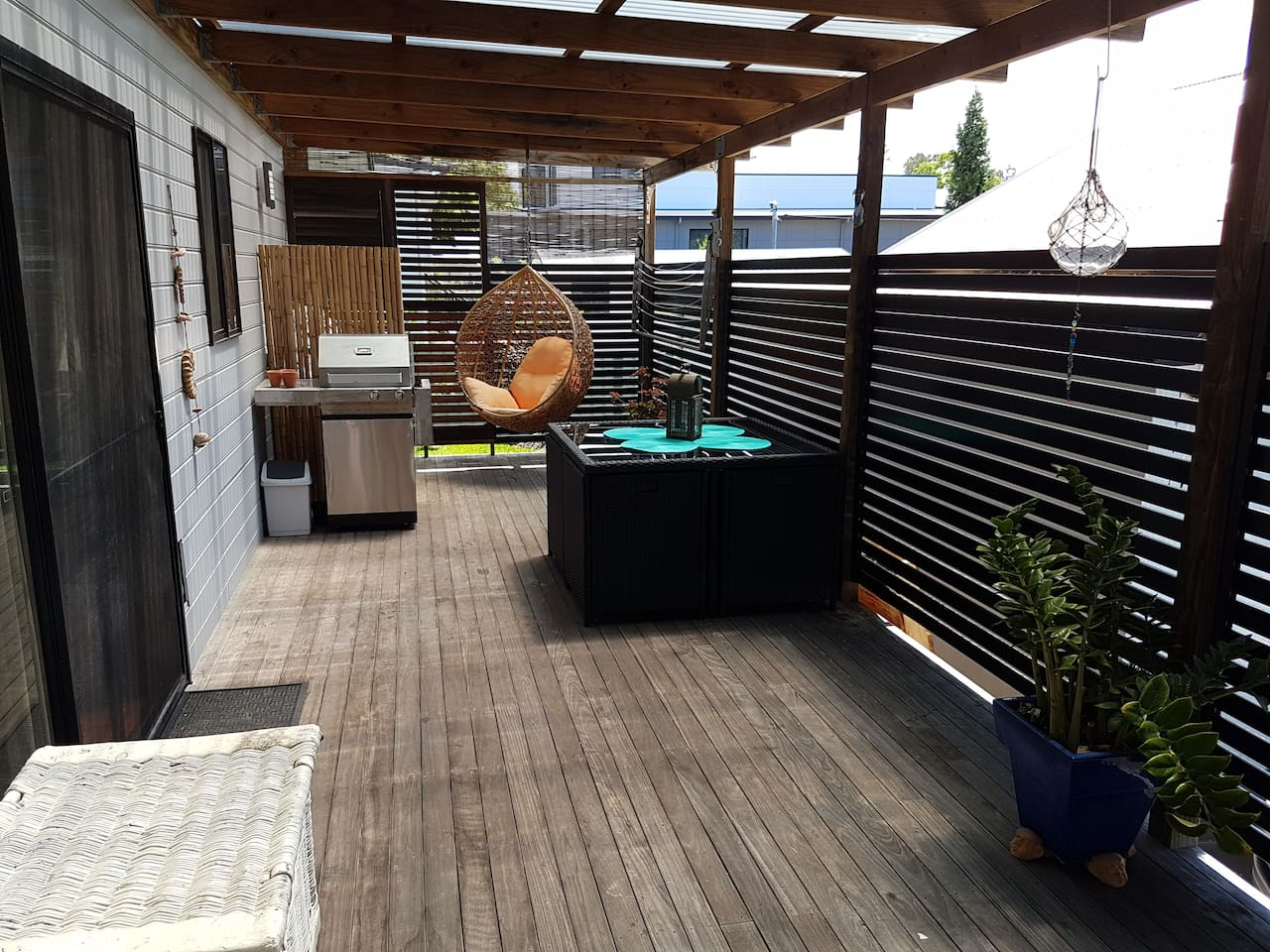 enclosed deck family friendly