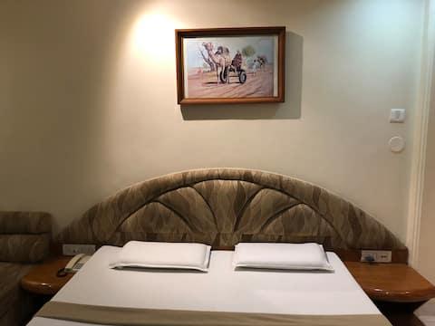 Hotel Shripad Continental Deluxe Room Amravati