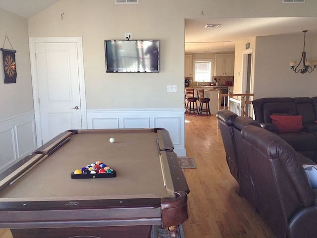 POOL TABLE IN LIVING ROOM