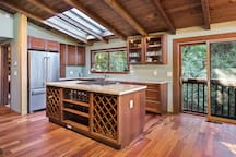 Chefs kitchen with Italian granite counters