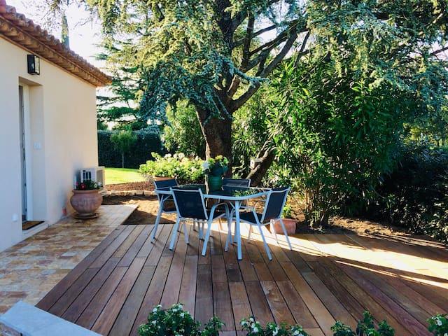 Petite maison neuve  38 m2- Golfe de Saint-Tropez