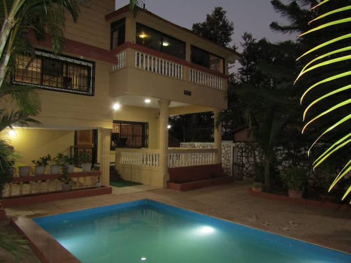 Buzoo House CASA Swimming Pool 6 BHK