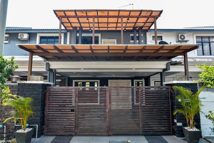 BNB Cozy Homestay @ Saujana Rawang