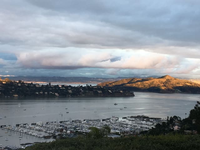 The Two Seven, Sausalito, California - Сосалито - Дом