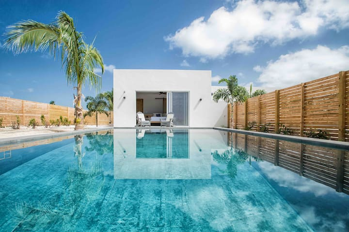 "Caribbean Escape - ""Amazing location with Pool"""