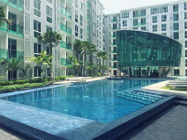 CCR City Center Residence  Pattaya - Luxury Condo