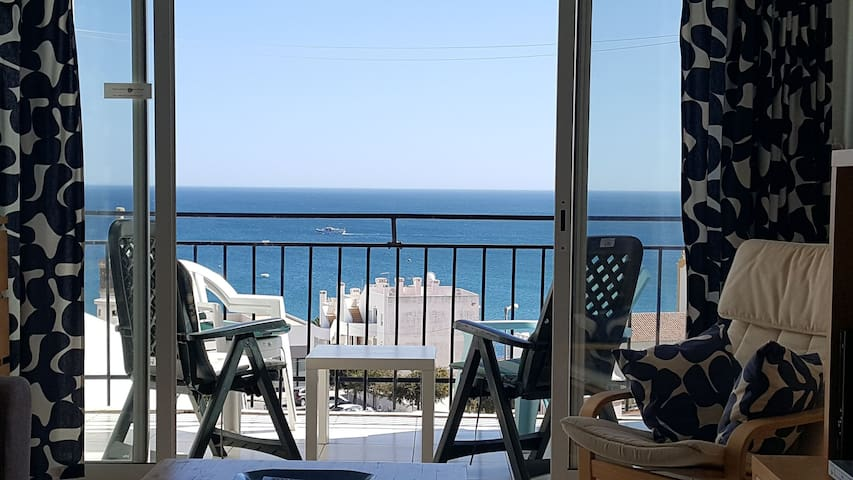 Bright Sunny DUPLEX, sea view, Praia de Luz centre