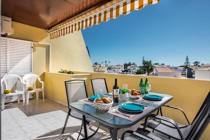 Amazing Sea View Apartment, Galé, Albufeira