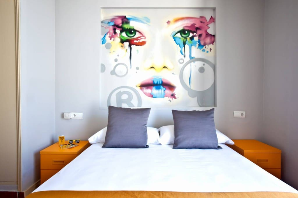 Bedroom (2 Guests Room example)